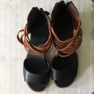 Anthropologie Gee WaWa leather sandals